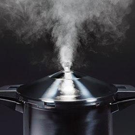 1009p156-pressure-cooker-m